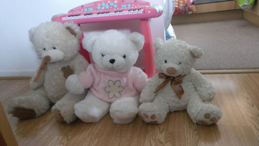 3 × Teddy bears soft toys