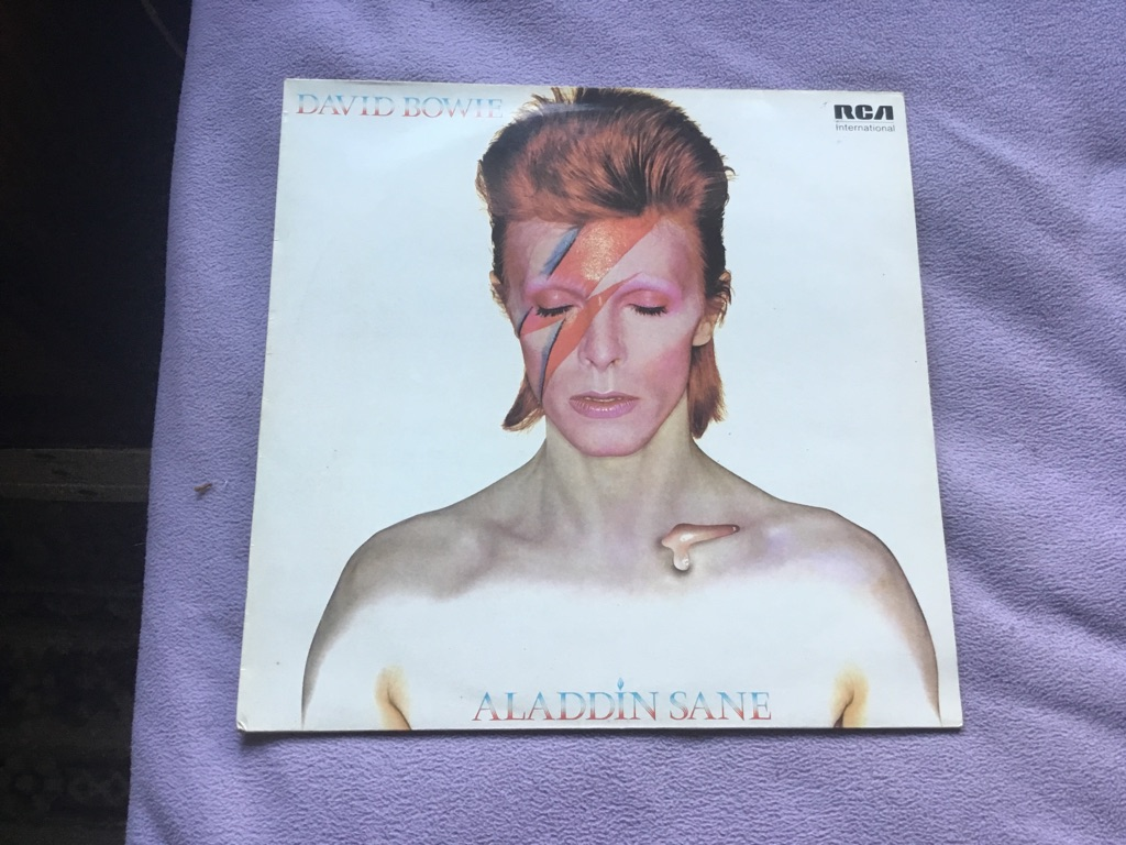 David Bowie Aladdin sane 1973 INTS 5067 LP iner sleeve outer sleeve VGC