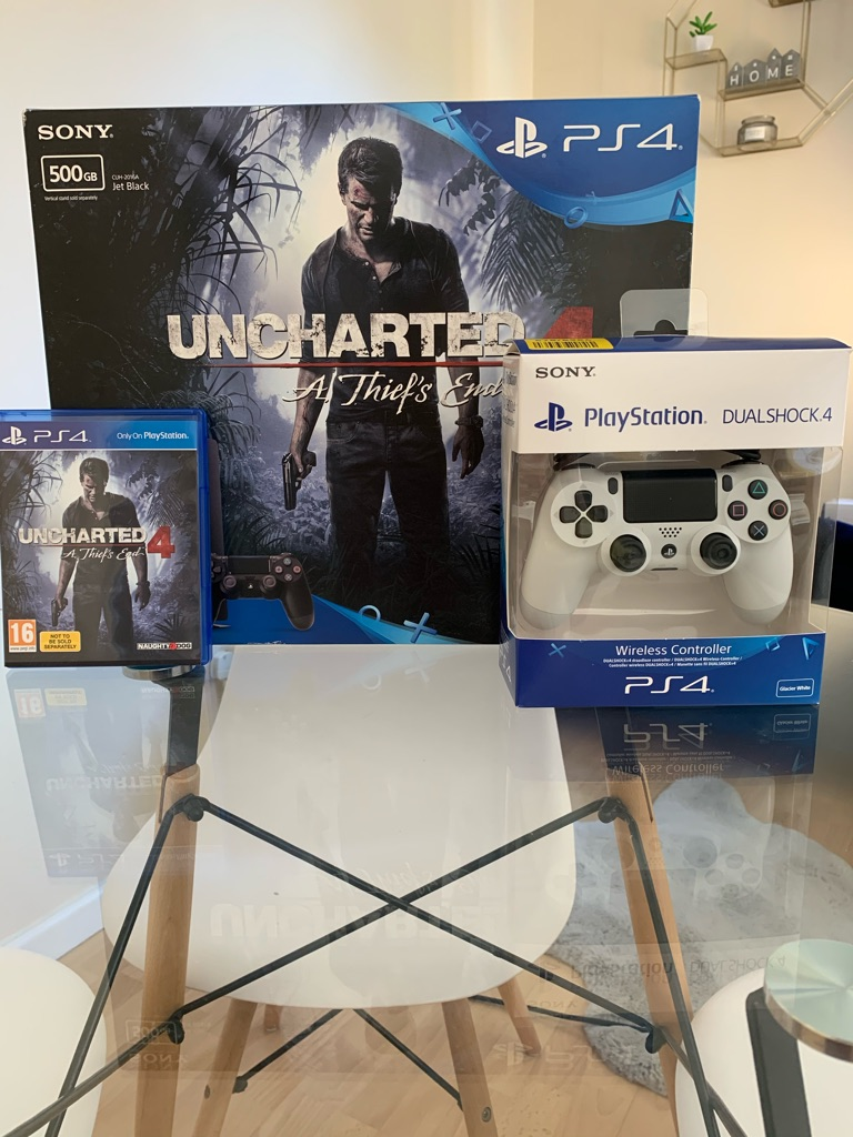 Playstation 4 slim 500gb console with uncharted 4 game