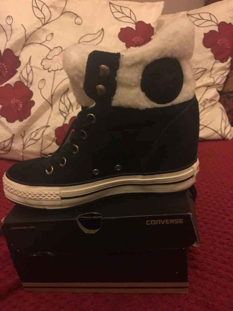 Converse wedges size 5