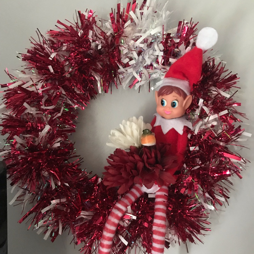 Elf on the shelf wreath