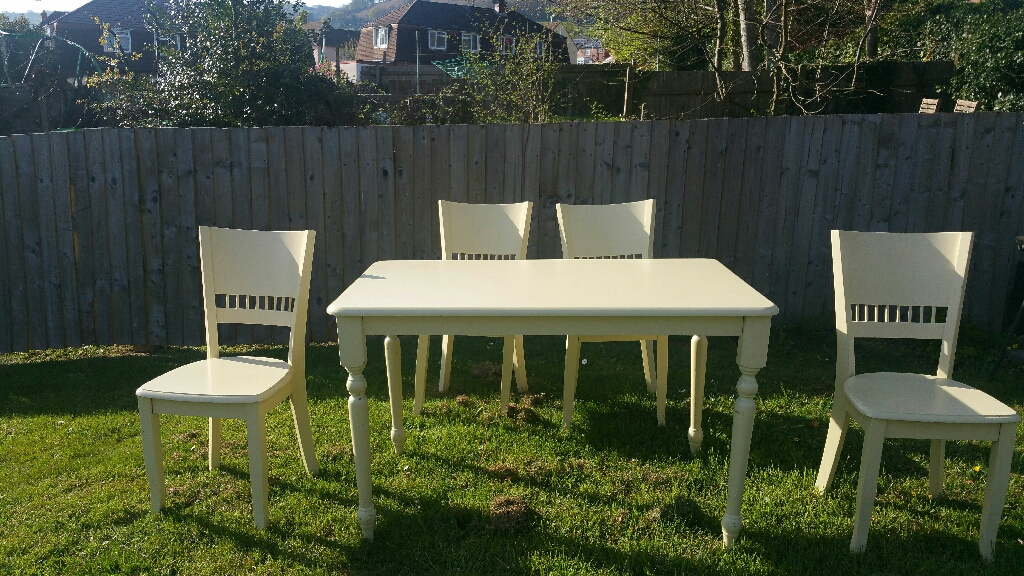 Solid Pine Cream  Table and 4 Chairs