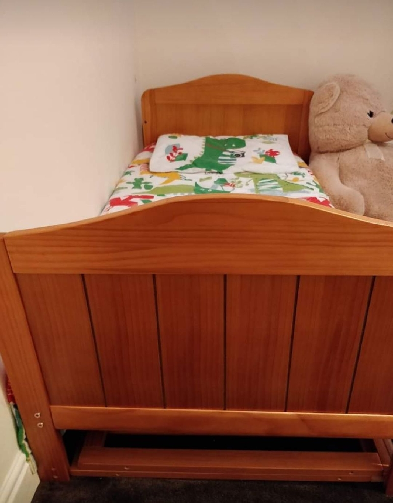 Nursery furniture set with changing table