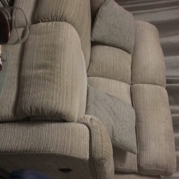 Electric reclining 2 seater settee
