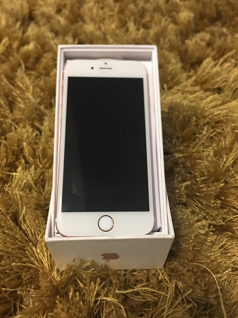 Iphone 7 32GB Unlocked Gold