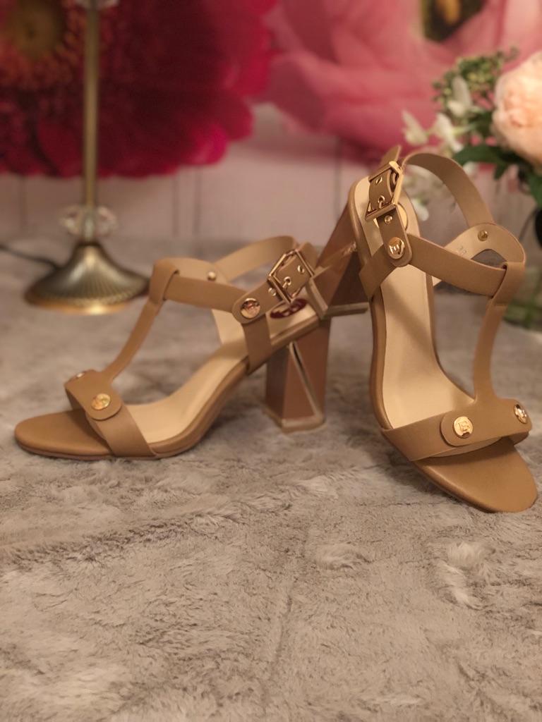 Laura Biagiotti calf Sandals size 38 EU