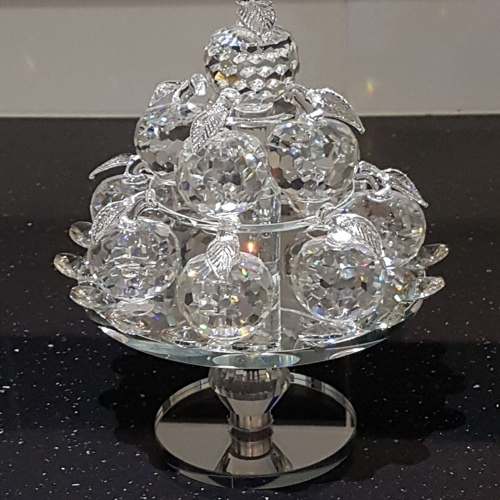 Stunning crystal ornament brand new