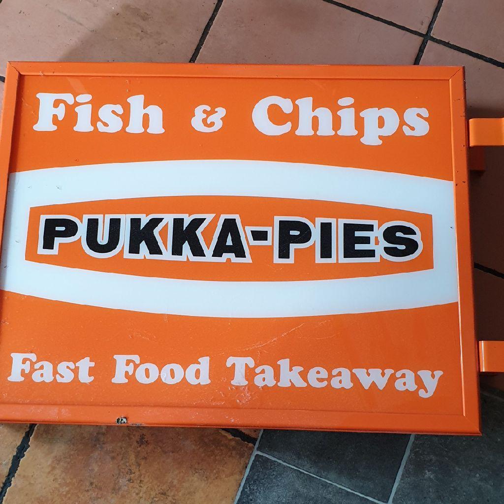 Pukka pie sign