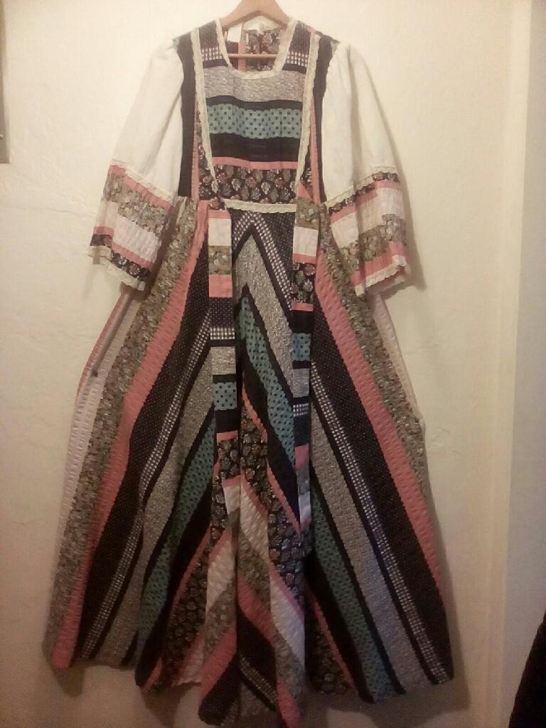 VINTAGE .SUMMER DRESS '' IGGLE ORM'' COTTON
