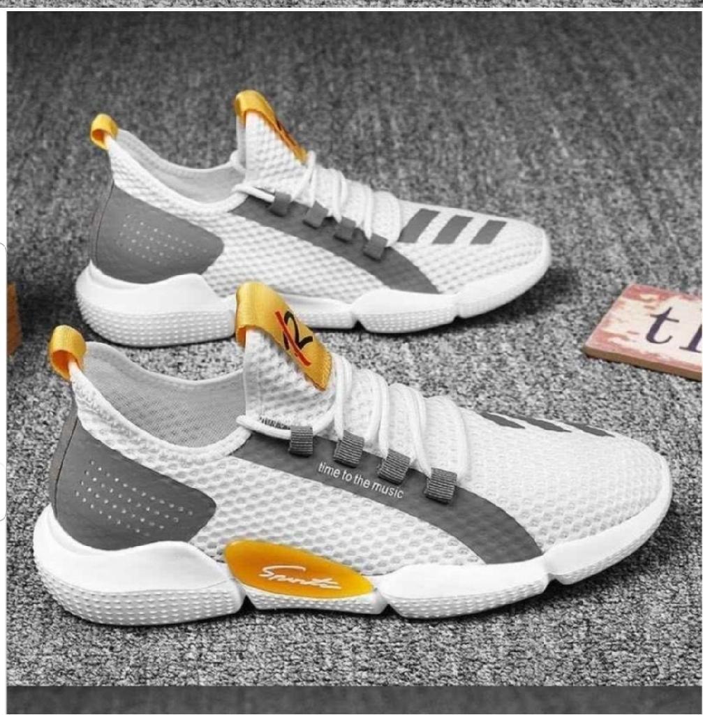 Fashion sports sneakers, size 7, 7.5, 8, 9 9.5
