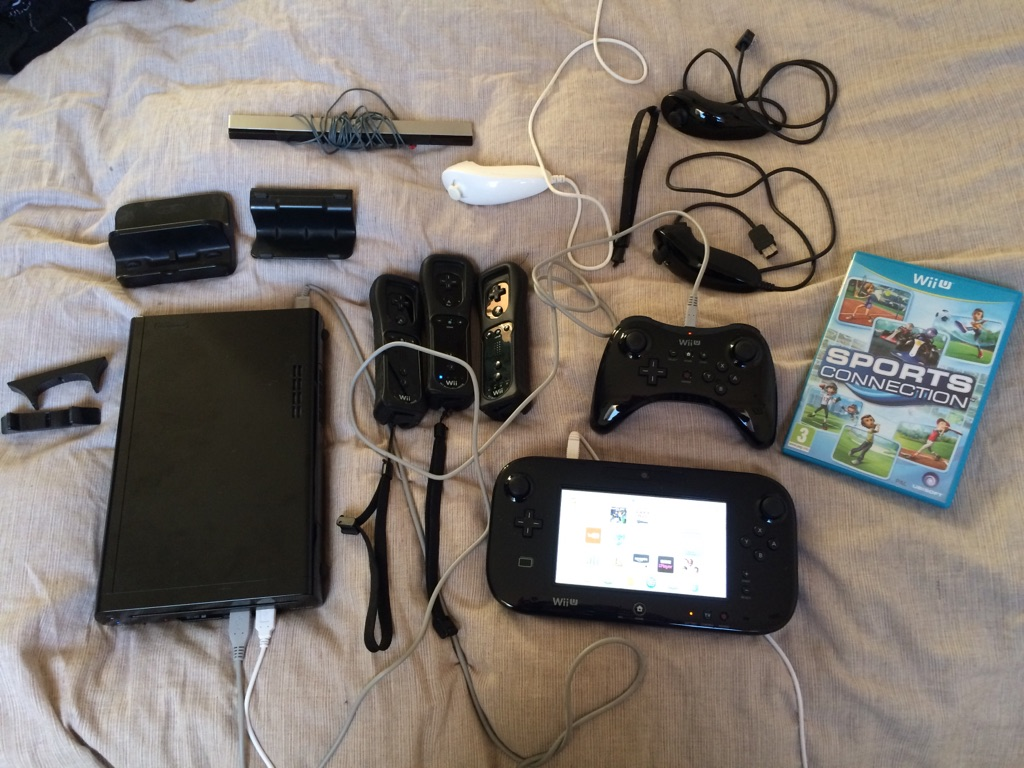 Wii U 32gb with accessories