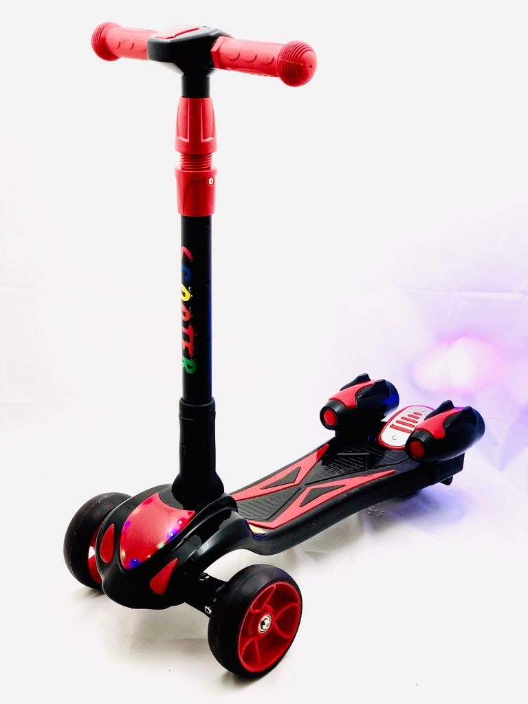 3 wheel smoking scooter with water spray music and led light