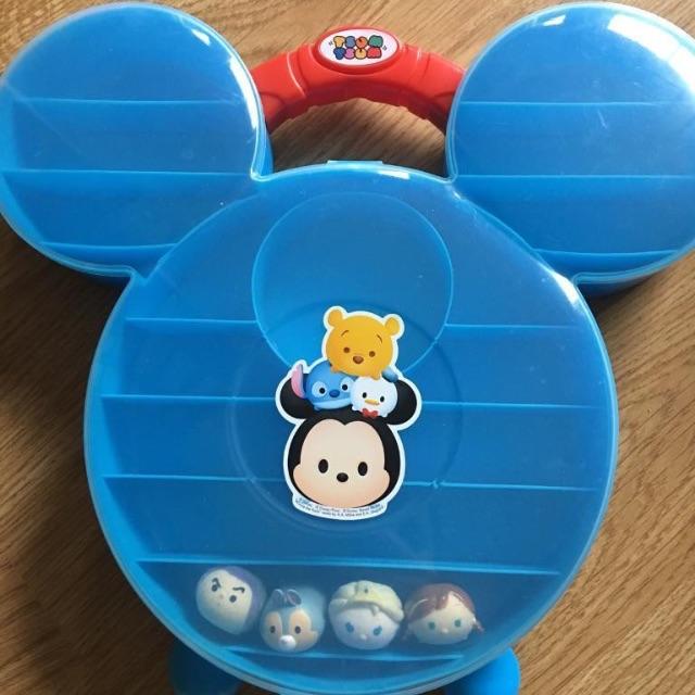 Tsum tsum case & miniatures