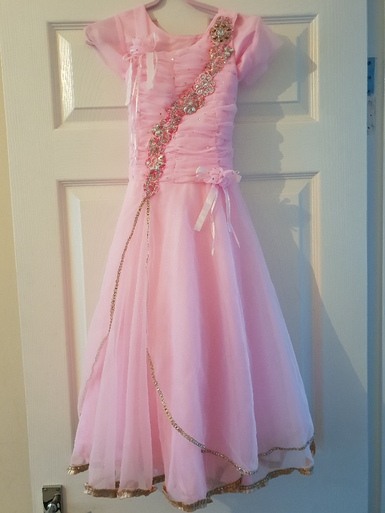 Girls pink prom/party dress
