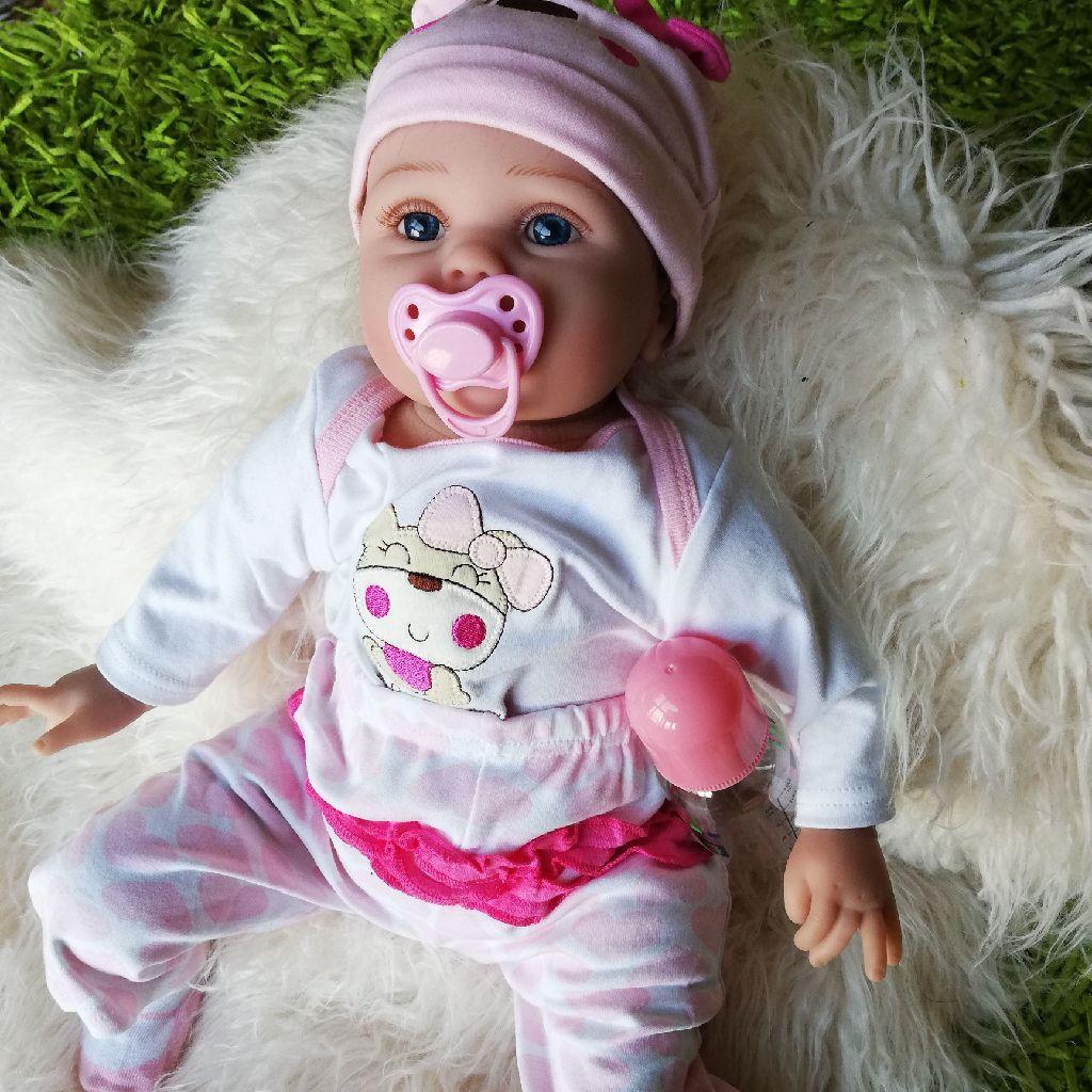 Kaydora doll