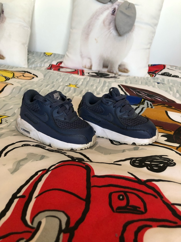 Boys Nike air max trainers