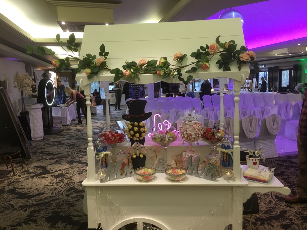 Candy Carts & Bride Groom Sweet Tree Accessories!