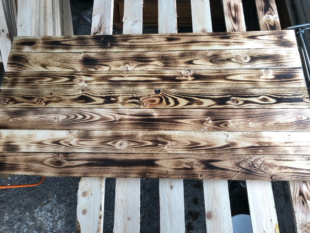 Pallet wood cladding