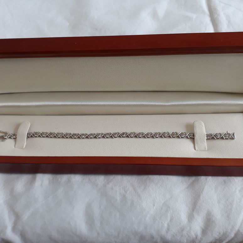 9ct White Gold diamond bracelet and necklace