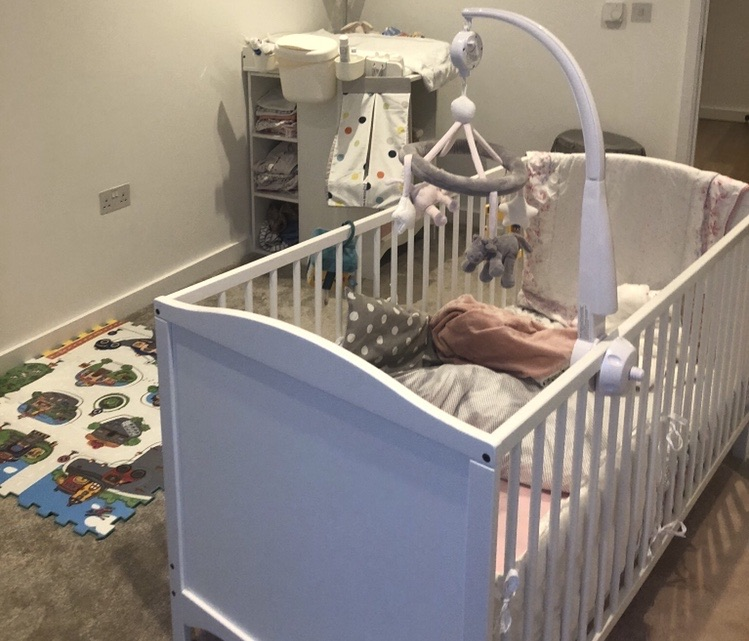 Cot bed convertible