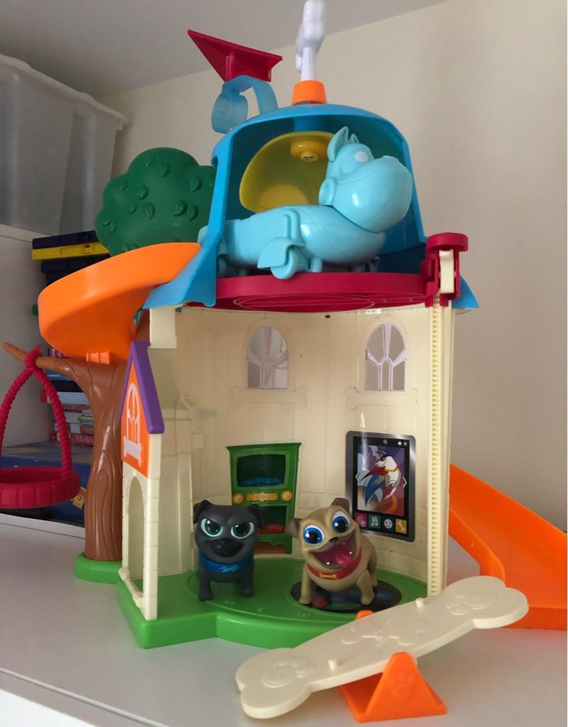 Puppy dog pals playhouse
