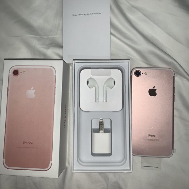 iPhone 7 & 7 Plus (Read Description)