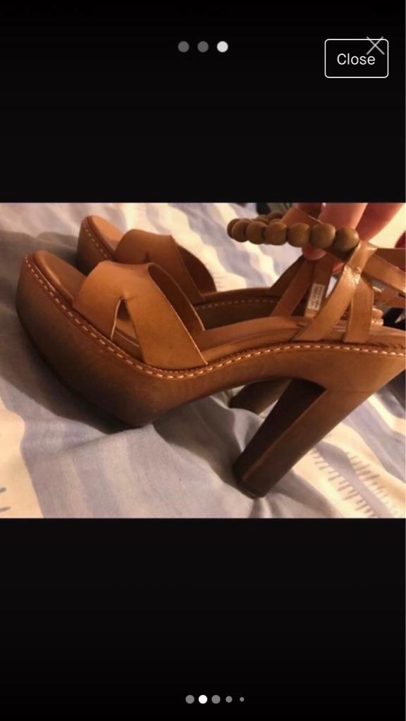 Women's ugg shoes