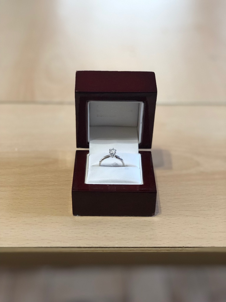 Diamond engagement ring 💍 bought in New York City 🍎