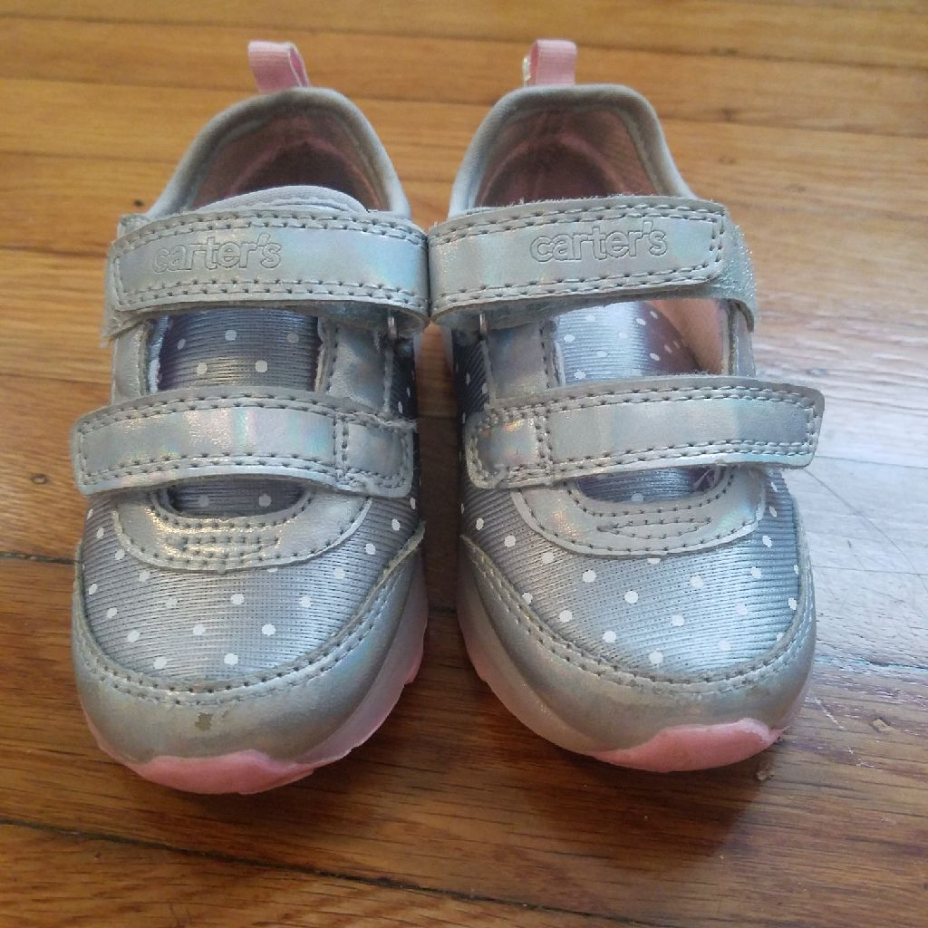 Carter's shoes 7
