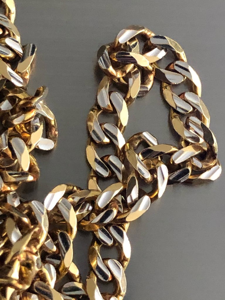 curb chain 9ct 18 inch in great condition