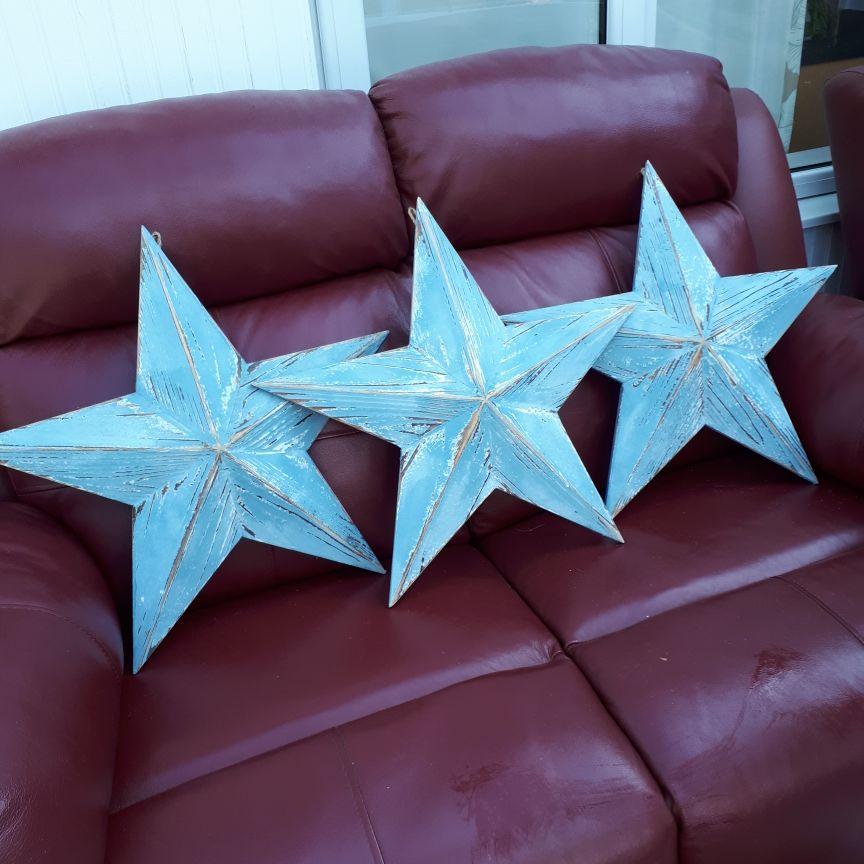 Large wooden stars
