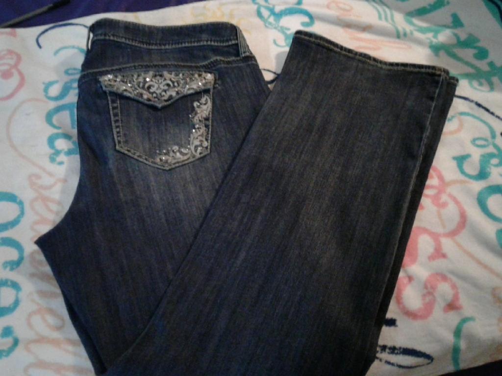 Torrid Premium Jeans w/Bling Pockets