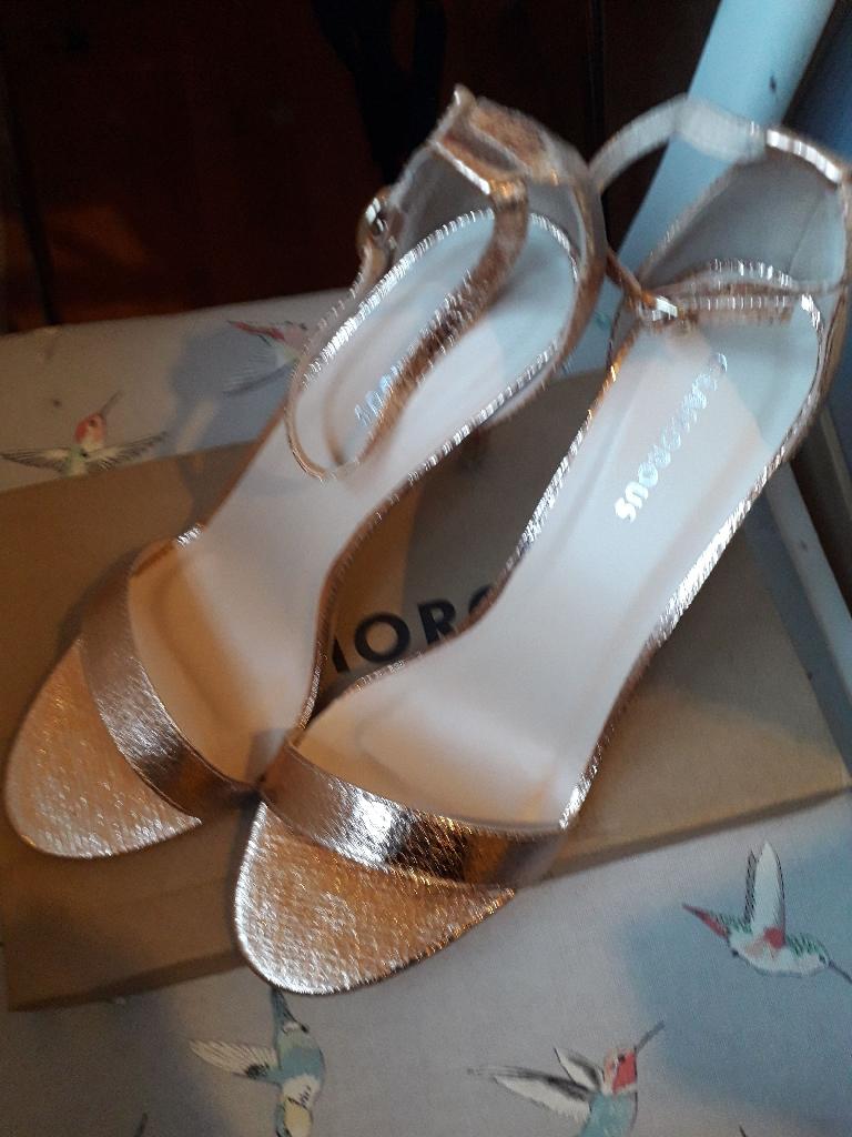 New, Rose Gold Size UK8 EU41 heeled sandals