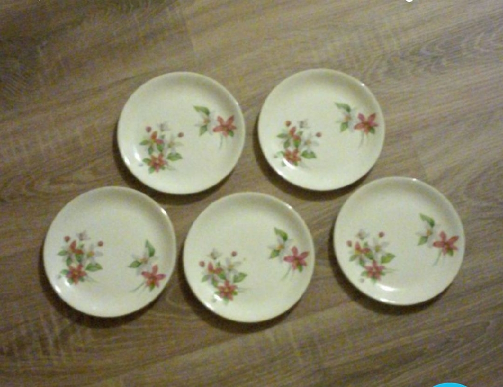 5 Alfred meakin England starter plates