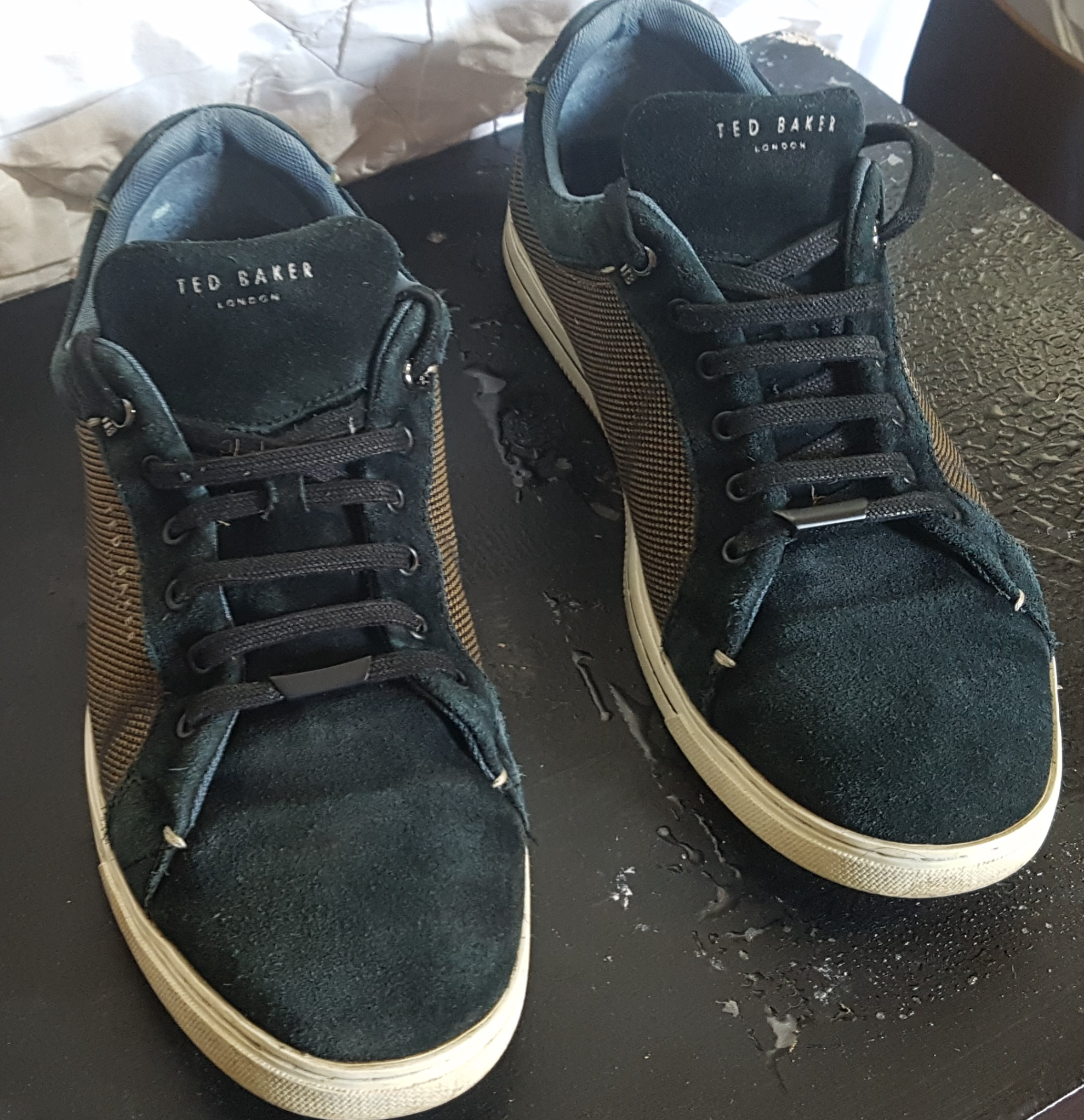 TED BAKER 'EERIL' SUEDE DETAIL TRAINERS 11 UK **FREE DELIVERY IN LONDON**