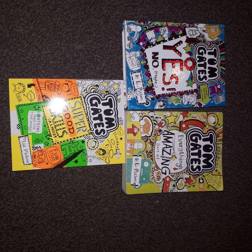 Liz Pichon books x8