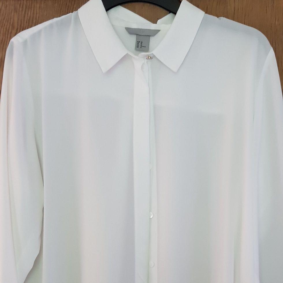 H&M lightweight sheer blouse size 14