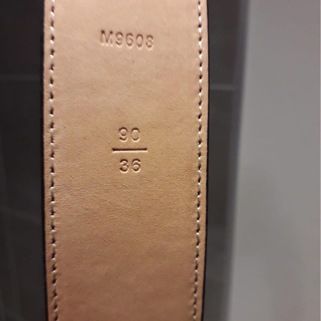 Louis Vuitton Unisex Belt Size 90