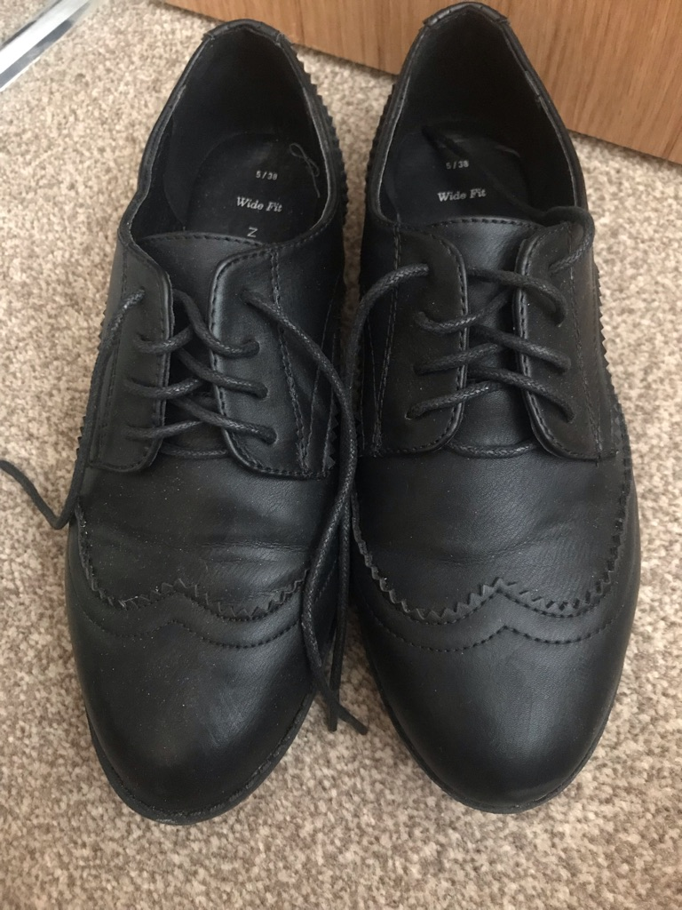 New Look Brogues Size 5