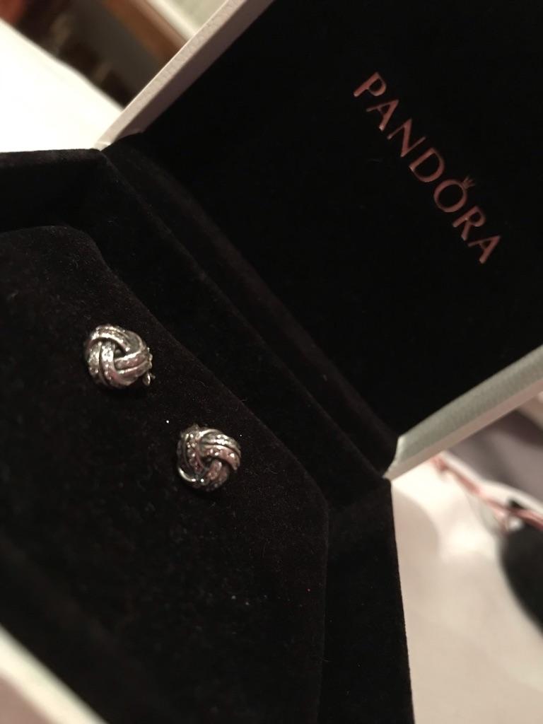 PANDORA love knot earrings REP-£55