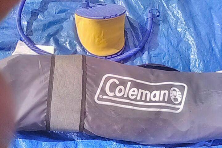 Coleman-Full air matress with pump
