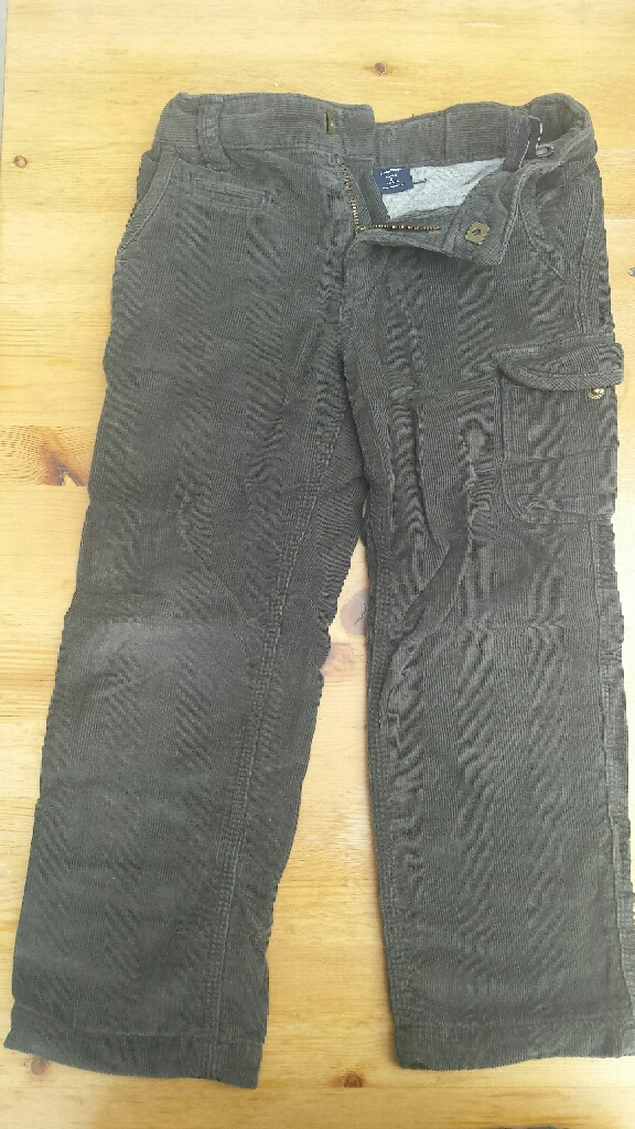 Gap dark grey corduroy trousers lined with cotton inside 5 Years -110cm