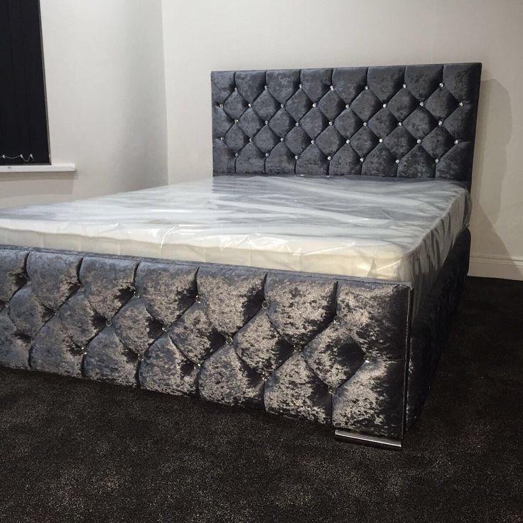 BRAND NEW CRUSHED VELVET DOUBLE BED
