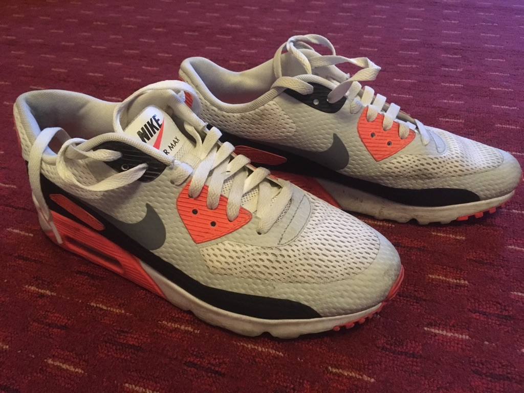Nike AirMax size 8.5UK, great condition.