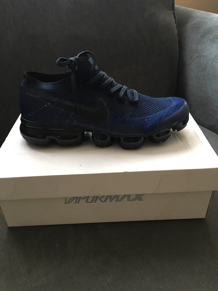 Nike VapourMax ( all sizes available )