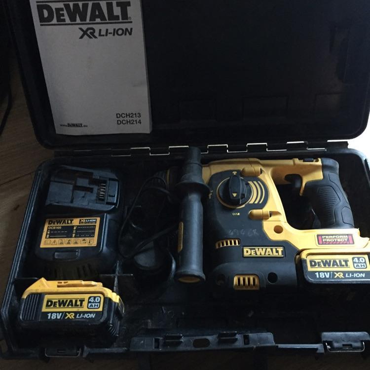 DeWalt XR LI-ION drill