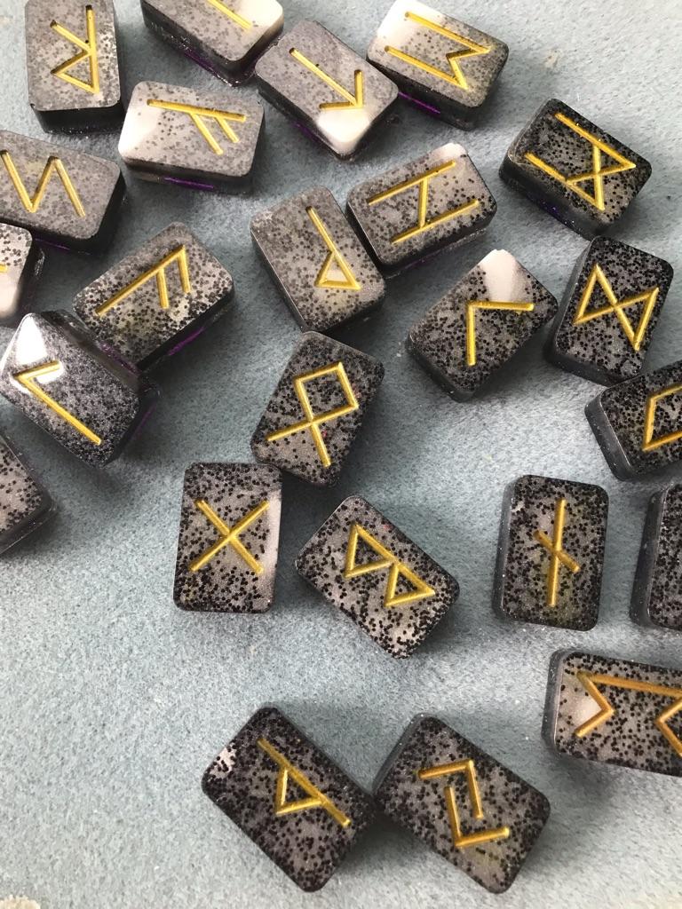 Resin Rune stone