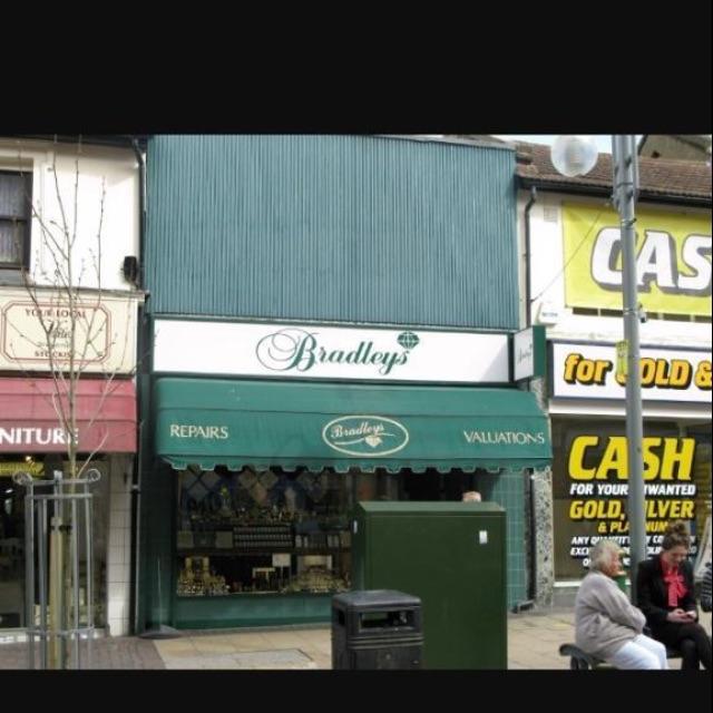 Gift card/voucher for Bradley's Jewellers worth £292 in Bexleyheath and Dartford