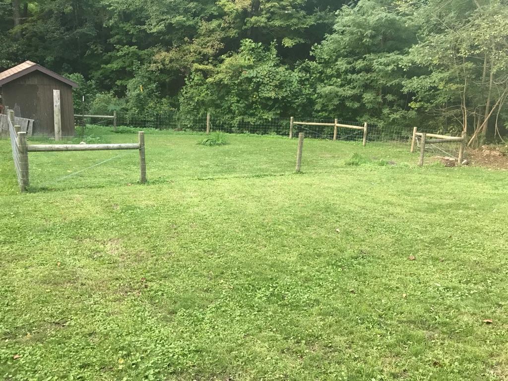 Hog Wire Fence, Posts, Gate