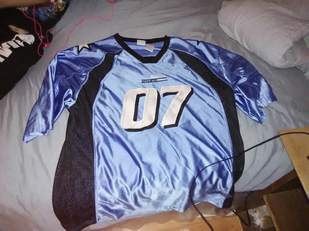 Titan jersey
